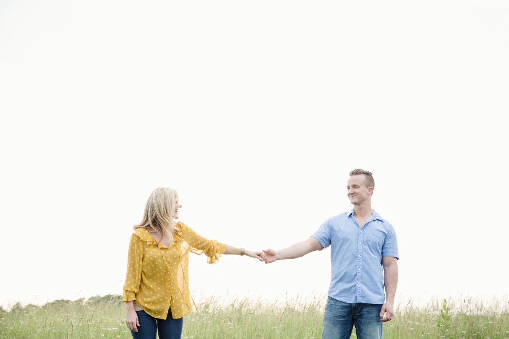 5 Ways to Encourage Your Husband (+ a giveaway!)